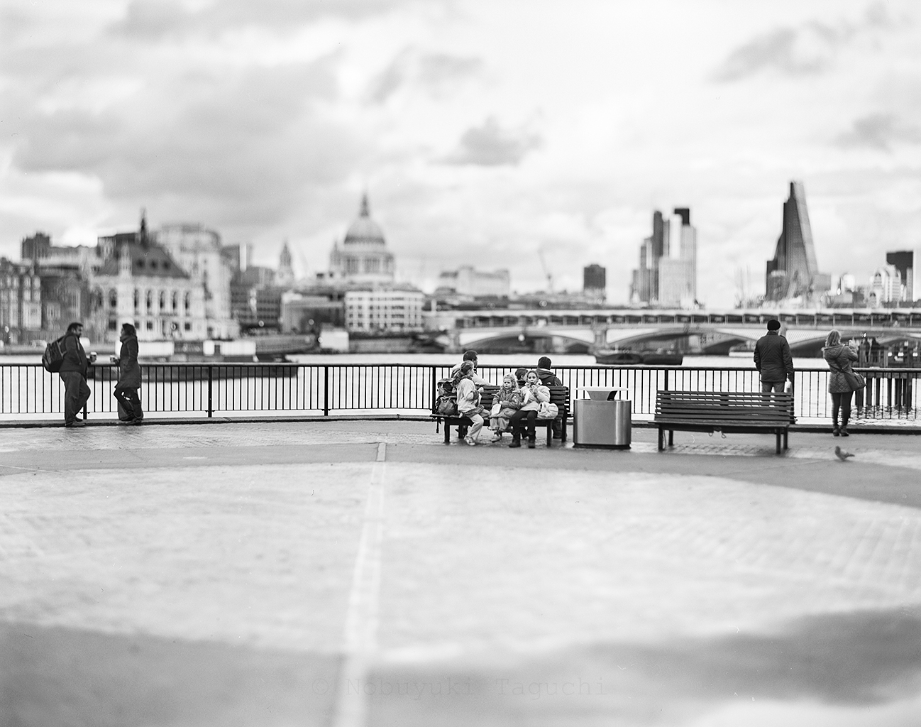 London by 5x4 (4x5) Large Format with Aero Ektar - Photo 1063