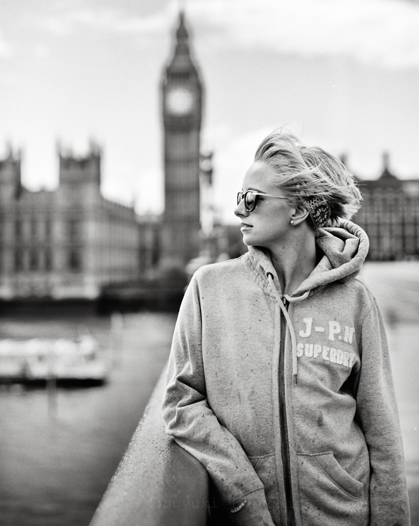 Portrait Location Photography  - Alice Loombe at Westminster Bridge
